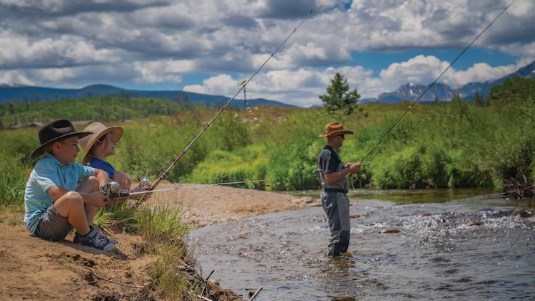 Family summer fishing