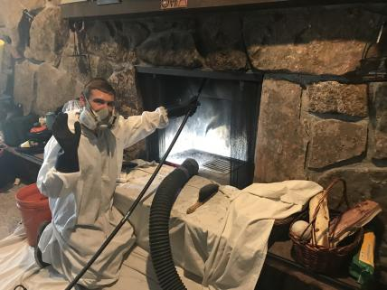 We use the latest tools in order to do the best service while keeping your house, condo or town home free of any dust or soot.