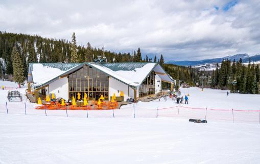 Snoasis at Winter Park Resort
