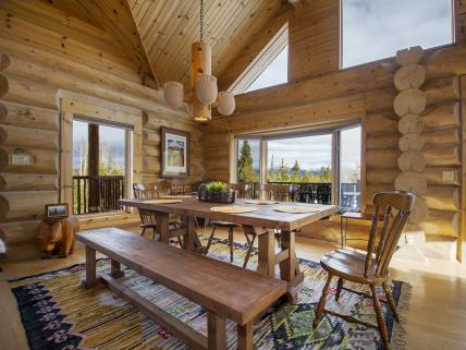 Dining room at our cabin rental