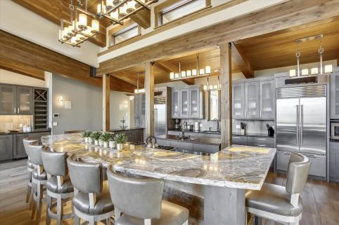 Mountain Top Luxury Estate