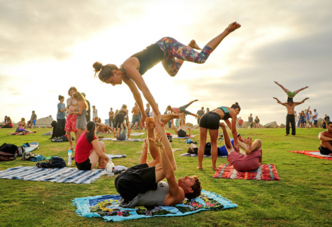 Adventure Weekend Acro yoga jam