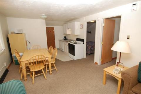 2 Bedroom unit - Eating area & kitchen