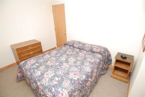 2 Bedroom unit - King bed