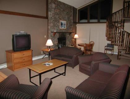 4 Bedroom Unit w/ large living room
