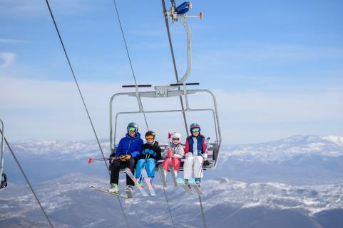 high res family ski lift rossignol.jpg