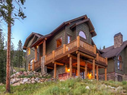 Lakota Luxury Villa