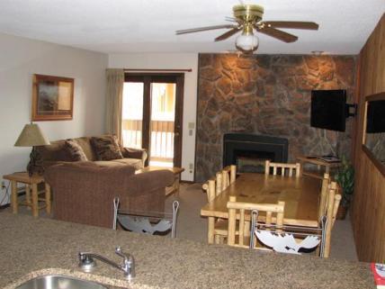 RCI Standard Living Room