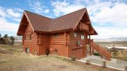 Longs Peak is the Colorado cabin you've been dreaming of.